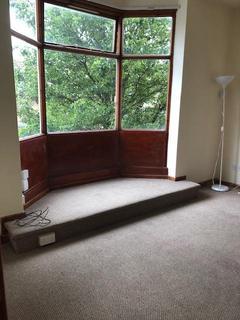 2 bedroom flat to rent - Beech Road, Manchester