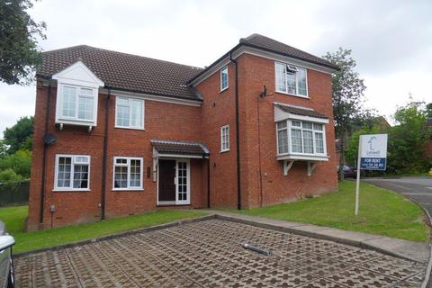 Studio to rent - Bowmans Way (P2055) - AVAILABLE