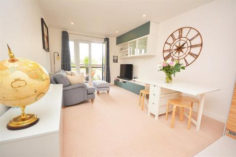 2 bedroom apartment for sale - Aventine Avenue, Mitcham