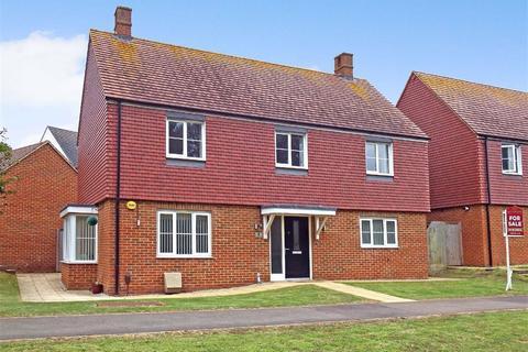 4 bedroom detached house for sale - Spencer Way, Stevenage, Hertfordshire, SG2