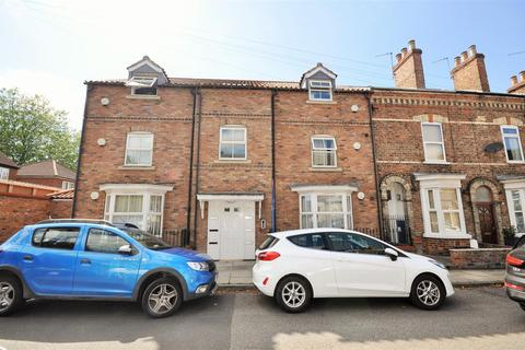 2 bedroom flat for sale - Milton Street, York YO10 3ES