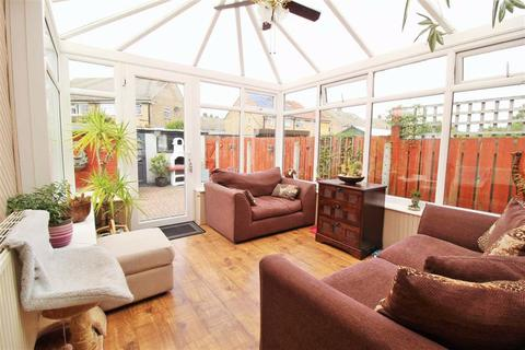 3 bedroom end of terrace house for sale - Cambridge Road, Hessle, Hessle, HU13
