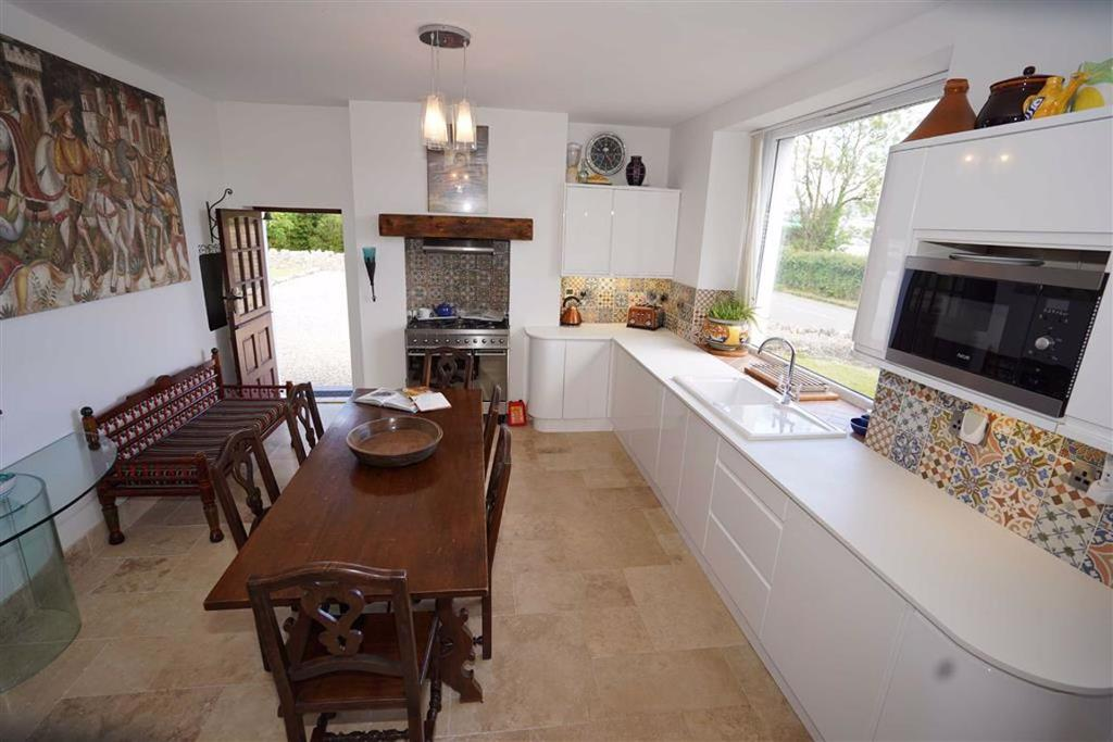 Knelston Swansea 3 Bed Semi Detached House For Sale 163