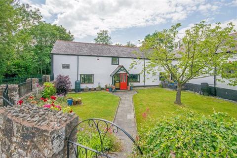 4 bedroom cottage for sale - Ffordd Y Bont, Pontybodkin, Mold
