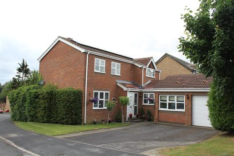 4 bedroom detached house for sale - Meadow Drive, Market Weighton, York