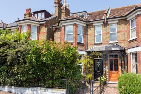 5 bedroom semi-detached house for sale - West Cliff Road, Broadstairs