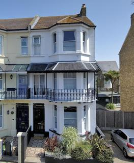 4 bedroom semi-detached house for sale - Albion Road, Ramsgate