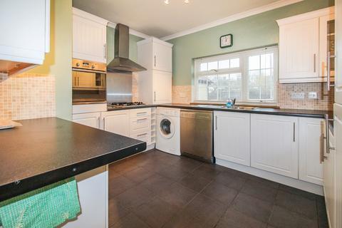 2 bedroom maisonette to rent - Ewell By Pass, Ewell KT17