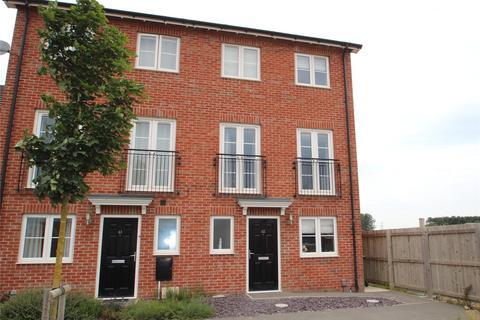 4 bedroom semi-detached house for sale - Cinder Lane, Castleford, West Yorkshire, WF10