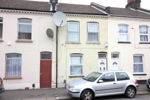 3 bedroom terraced house for sale - Wimborne Road, Luton LU1
