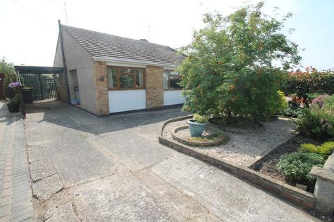2 bedroom semi-detached bungalow for sale - Abbey Close, Hullbridge, Essex