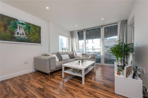 2 bedroom flat to rent - Hillside, London, NW10