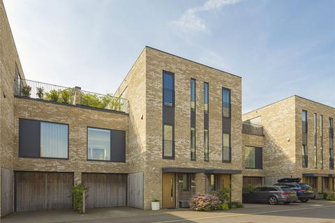 4 bedroom terraced house for sale - Lapwing Avenue, Trumpington, Cambridge, CB2