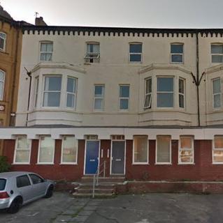 Studio to rent - Derby Road, Blackpool FY1