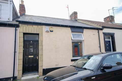 2 bedroom cottage for sale - Tower Street, Hendon