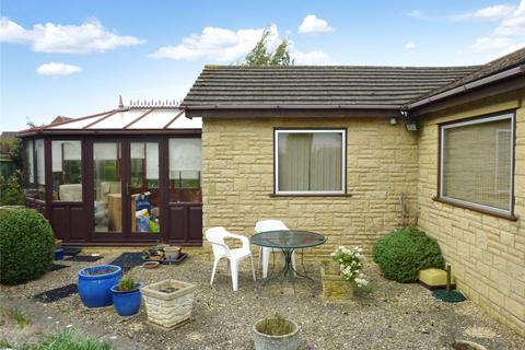 4 bedroom bungalow for sale - Stoke Road, Bishops Cleeve, Cheltenham, GL52