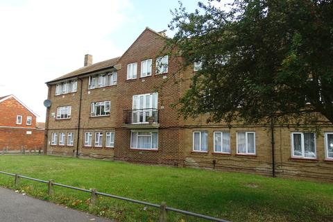 3 bedroom maisonette for sale - St Annes Avenue, Stanwell, TW19