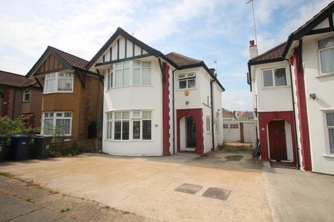 5 bedroom detached house to rent - Hendale Avenue, NW4
