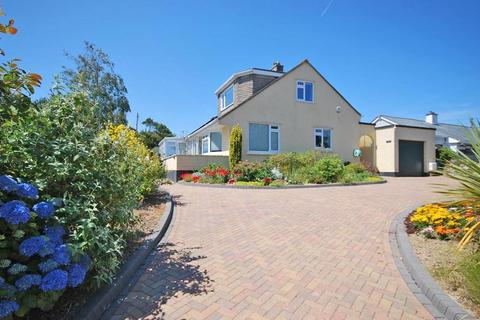 3 bedroom detached house for sale - Carlyon Bay, Nr. St Austell, Cornwall