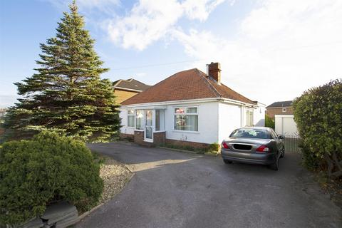 3 bedroom detached bungalow to rent - Portsmouth Road, Lee-on-the-Solent, Hampshire