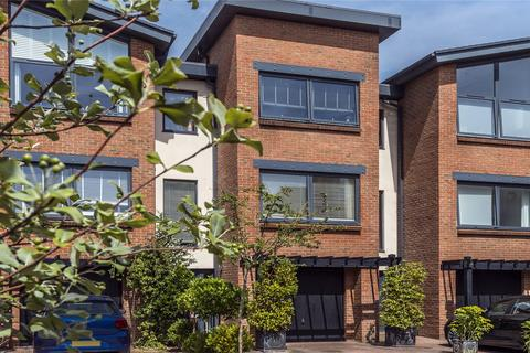 4 bedroom terraced house for sale - Barrack Road, Weymouth, Dorset