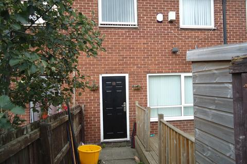 1 bedroom apartment to rent - Mark Avenue, Salford