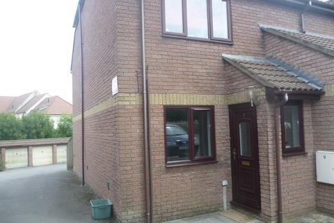 2 bedroom ground floor flat to rent - Wallbridge Gardens, Frome
