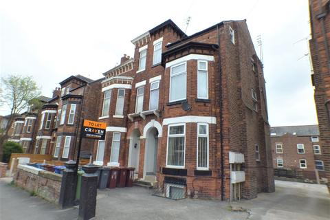 Studio to rent - 19 Central Road, Didsbury