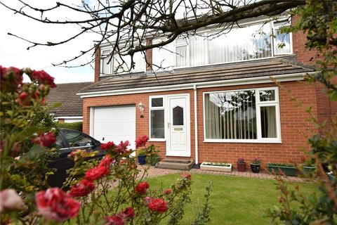 4 bedroom semi-detached house for sale - Nook Road, Scholes, Leeds, West Yorkshire
