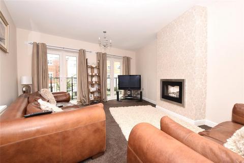 4 bedroom semi-detached house to rent - Montgomery Avenue, Leeds, West Yorkshire