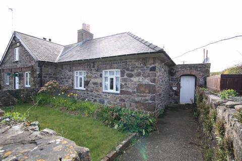 1 bedroom end of terrace house for sale - Llandwrog, Gwynedd