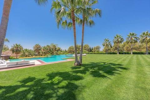 10 bedroom detached villa - Marbella, Malaga, Spain