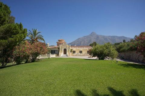 9 bedroom detached villa - Marbella, Malaga, Spain