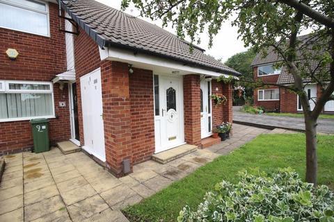 2 bedroom flat for sale - Dunecroft, Denton