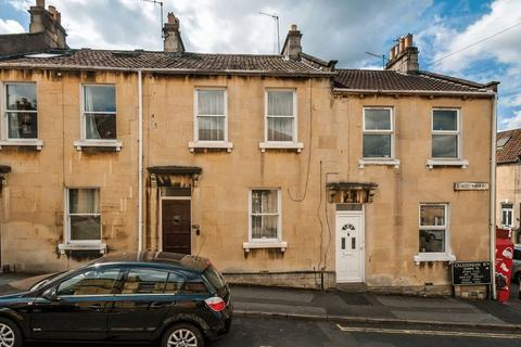 3 bedroom terraced house for sale - Caledonian Road, Bath