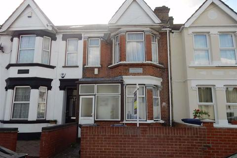 3 bedroom terraced house for sale - Northcote Avenue, Southall, Middlesex