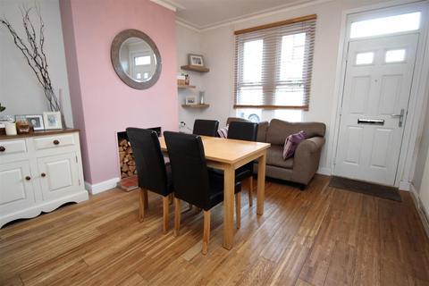 2 bedroom detached house to rent - Bernard Street, Nottingham