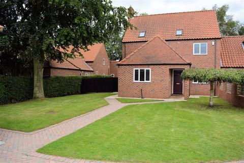 4 bedroom link detached house for sale - Lynton Close, Brayton, YO8