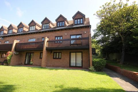 2 bedroom apartment for sale - Four Winds Court, West Park, Hartlepool