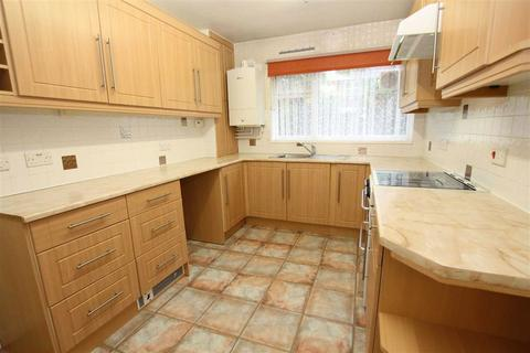 2 bedroom flat for sale - Bowland Court, 30 Wardle Road, Sale