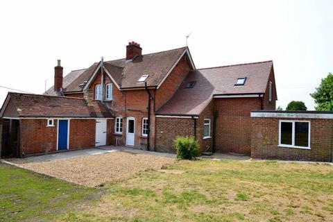 3 bedroom semi-detached house to rent - Edworth, nr Biggleswade, Bedfordshire