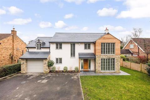 4 bedroom detached house to rent - The Oval, Harrogate, North Yorkshire