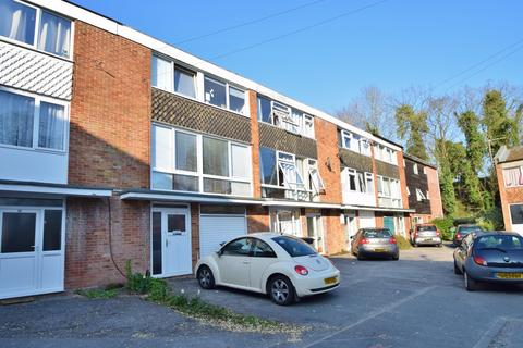 6 bedroom terraced house to rent - Winchester