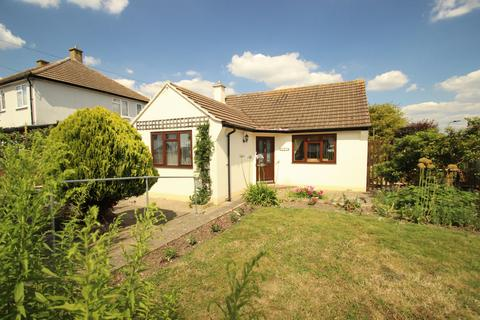2 bedroom bungalow for sale - Rookesley Road, Orpington, BR5