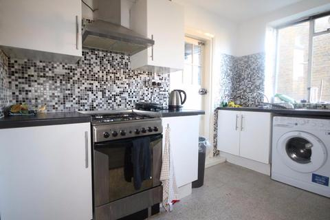 3 bedroom apartment to rent - Margery Street, London, WC1X