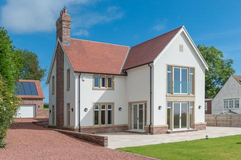 5 bedroom detached house for sale - Bilton Hill, Bilton, Bilton, Near Alnmouth, Northumberland  NE66