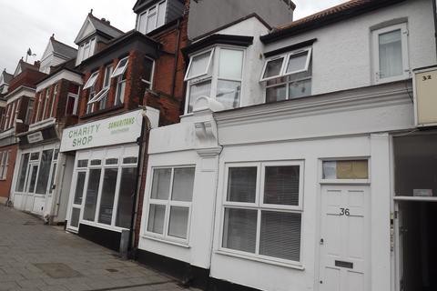 Studio to rent - flat e, Hamlet Court Road, Westcliff, essex SS0