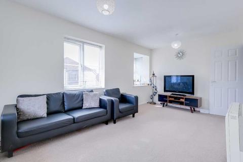 2 bedroom apartment to rent - Twyford Court, Vicars Bridge Close, West London