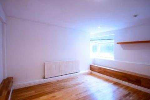 2 bedroom flat to rent - Mountview Road, Crouch End, N4