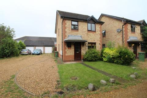 3 bedroom detached house for sale - Newlands Road, Whittlesey, Peterborough, PE7